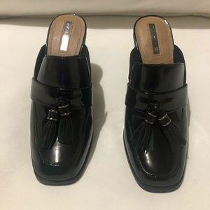 "NWOT Tahari Zalla black patent leather 4"" mules"